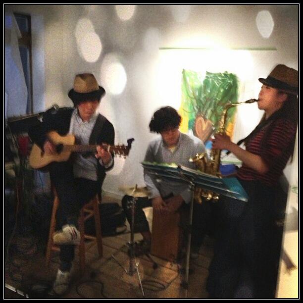 春雷★渋谷のギャラリーオープンパーティーLIVE