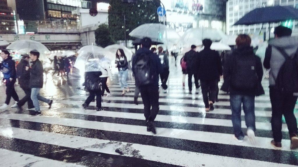 雨の日の渋谷