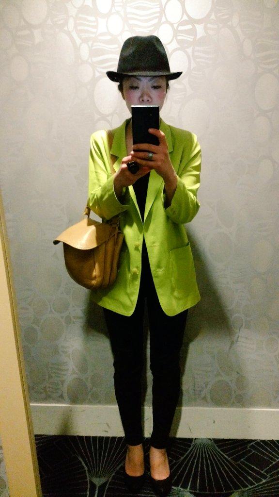 おばあちゃんのジャケットで仕事